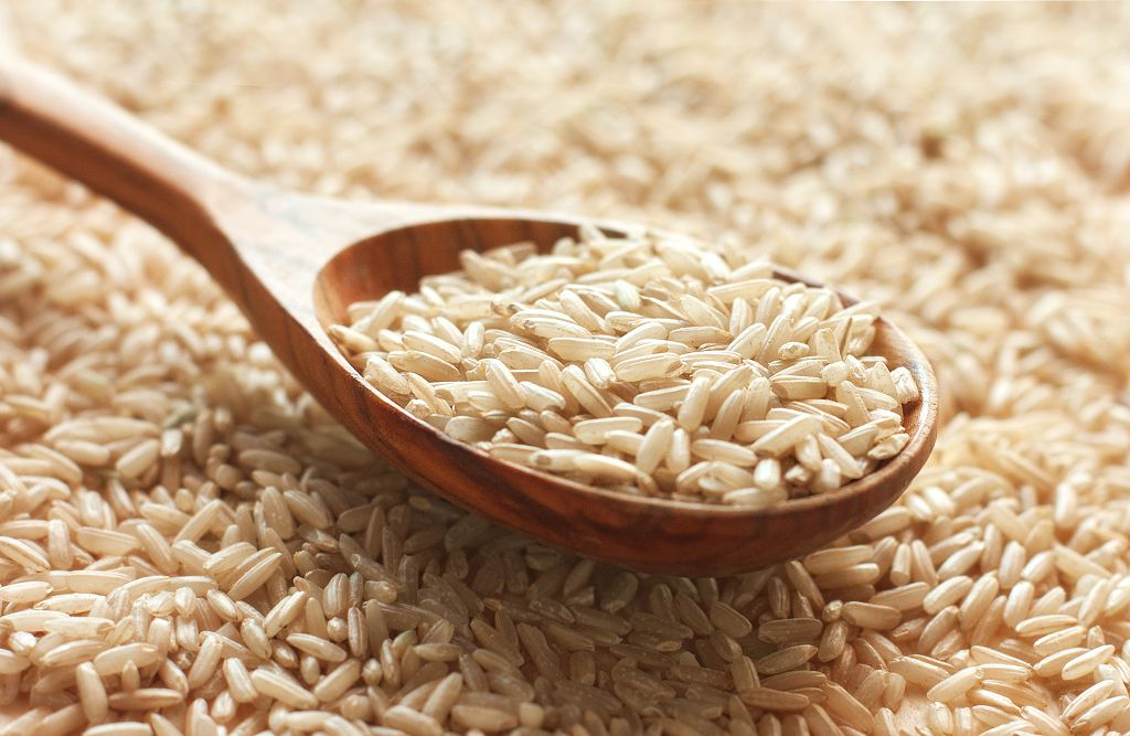 Brown rice and a spoon of Brown rice