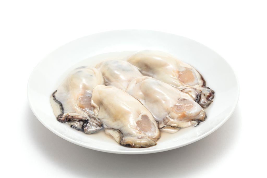 the plate of Oysters