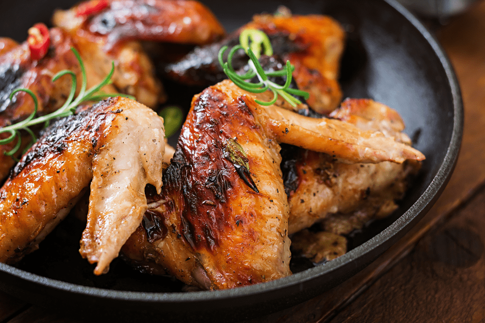 The Best Way to Reheat Chicken Wings – The Frying Pan
