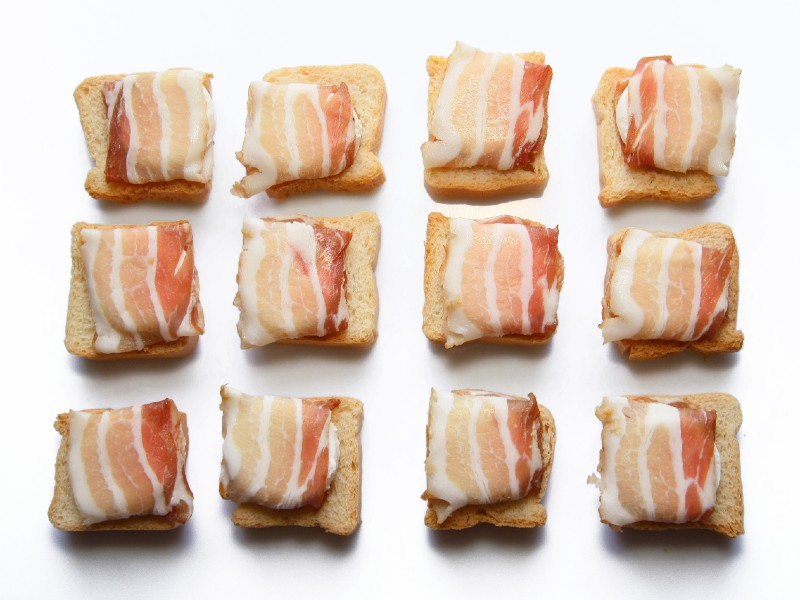 How to Cook Bacon in a Toaster Oven